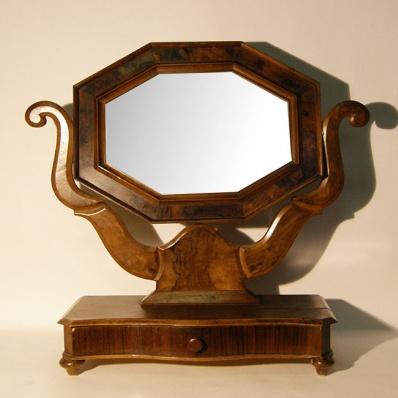 Specchio a psiche in stile Carlo X