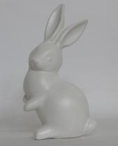 Coniglio bianco in ceramica