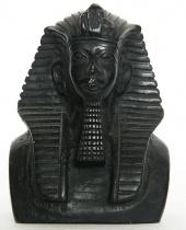Mezzobusto Faraone in gesso