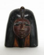 Mezzobusto Cleopatra in gesso colorato
