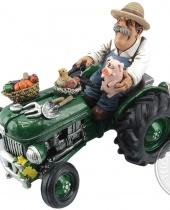Salvadanaio Agricoltore sul trattore