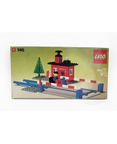 LEGO 146 Level Crossing